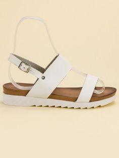 cb1ba0256714 Dámske biele sandále FATIMA  dnesnosim  slovakia  obuv  shoes  summerstyle