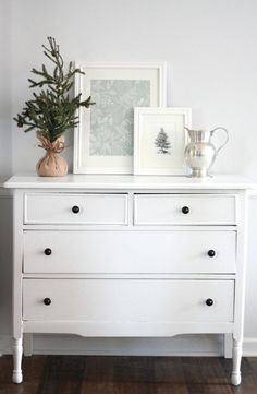 Neutral Decor Old White Chalk Paint Farm - http://yourhomedecorideas.com/neutral-decor-old-white-chalk-paint-farm/ - #home_decor_ideas #home_decor #home_ideas #home_decorating #bedroom #living_room #kitchen #bathroom -