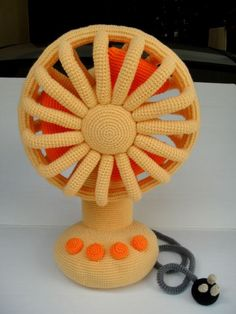 Crochet Vintage Fan by skymagenta.