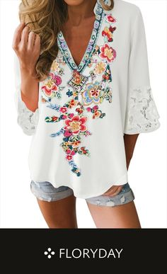 Jun 2019 - Floral vintage V-neckline sleeves blouses, floral blouse, trendy. Boho Outfits, Pretty Outfits, Beautiful Outfits, Summer Outfits, Casual Outfits, Cute Outfits, Fashion Outfits, Fashion Tips, Boho Fashion