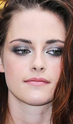 kristen stewart #makeup love her eye makeup