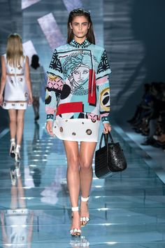 Versace Women Spring/Summer 2015 fashion show #VersaceWomenswear #Versace