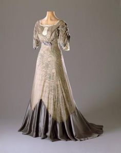 Evening Dress | Category: COSTUME, POST FAMILY Object name:Dress (Garment) Made from:Silk taffeta -- silk organza -- cotton embroidery Made in:Place made unknown Date made:1909-1911