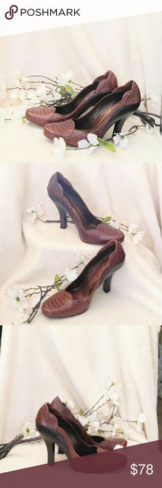 Absolutely Gorgeous J. Vincent Heels Gorgeous J. Vincent Heels Sz. 7.5 M - These Shoes are in MINT Condition!!! They are a Beautiful Brown and Black with Leather Soles! J. Vincent Shoes Heels