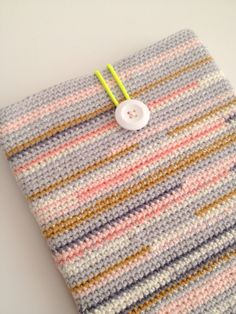 Crocheted iPad cover / gehaakte iPad-hoes