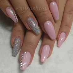 nails.quenalbertini: Pink & Glitter by MisAshton- Nail Art Gallery