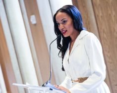 Selite Ebanks at The Fourth Annual VOSS FOUNDATION Women Helping Women New York Luncheon
