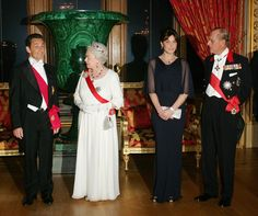 French President Nicolas Sarkozy, Queen Elizabeth II, French first lady Carla Bruni-Sarkozy and Prince Philip, Duke of Edinburgh arrive for a state banquet at Windsor Castle in March, Hm The Queen, Her Majesty The Queen, French First Lady, Royal Tiaras, Vintage Comic Books, Royal Fashion, Style Fashion, Prince Philip, Northern Ireland