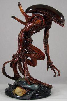 Alien: Resurrection Warrior statue by Fewture