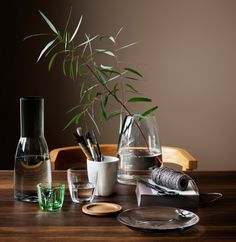 Kosta Boda Bruk Becher l 2 Stk. Design Shop, Scandinavian Style, Kosta Boda, Clear Glass Vases, Face Cleanser, Votive Candles, Eyeshadow Makeup, Interior Inspiration, Candle Holders