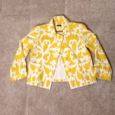 GORGEOUS J.CREW TELLOW AND WHITE CROPPED JACKET Gorgeous J. Crew jacket. Yellow and white pattern design. So cute for Easter or spring. Can be dressed up or down. J. Crew Jackets & Coats Blazers