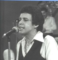 Héctor Juan Pérez Martínez, better known as Héctor Lavoe, was a Puerto Rican salsa singer. . Lavoe was born and raised in the Machuelo Abajo sector of Ponce, Puerto Rico. Born: September 30, 1946. Died: June 29, 1993, Manhattan, New York City, NY. Spouse: Nilda Roman Perez (m. ?–1993) Partner: Carmen Castro