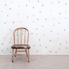 Wallstickers barnerom - Kjøp poster til ditt barn Baby Bedroom, Kids Bedroom, Wall Stickers Dots, Esthetics Room, Sister Room, Kids Decor, Home Decor, Kids Corner, Best Interior Design