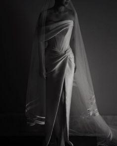 Jessandra 🦋 (@jessandrapusparani) • Instagram photos and videos One Shoulder Wedding Dress, Long Awaited, Photo And Video, Wedding Dresses, Pink, Videos, Photos, Instagram, Fashion