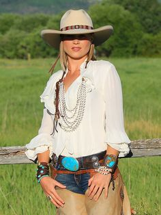 ~ Sahara Diamante 4.5 Brim. Worn with a great pair of chaps and fab ruffled blouse. Enhanced by Brit West's lovely turquoise buckle and fab jewelry. ~