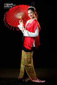 beautiful myanmar girl with ancient myanmar dress style