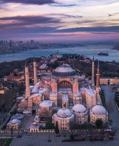 2020 World Travel Populler Travel Country Islamic Architecture, Beautiful Architecture, Hagia Sophia Istanbul, Istanbul City, Europe Photos, Turkey Travel, City Photography, Kirchen, Places To See