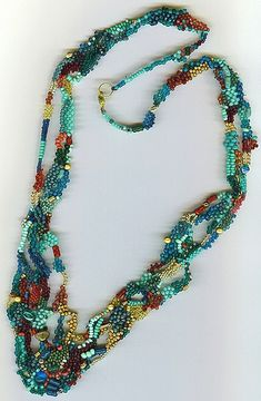Collier by Zilly_7a, via Flickr
