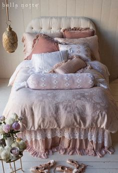 Get exclusive discount luxury bedding from the Bella Notte Linens Outlet Store. Save on Bella Notte linens, bedding, duvet covers, throw pillows, &pillow shams. Shabby Chic Bedrooms, Shabby Chic Cottage, Shabby Chic Homes, Shabby Chic Decor, Girls Bedroom, Bedroom Decor, Textured Bedding, Luxury Bedding Collections, My New Room