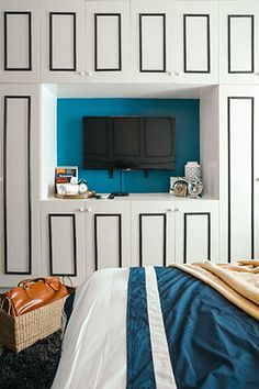8 Staggering Useful Tips: Modern Minimalist Living Room Grey minimalist bedroom small night stands.Minimalist Home Interior Minimalism minimalist bedroom gray interiors. Minimalist Bedroom Small, Minimalist Home Decor, Minimalist Kitchen, Minimalist Interior, Minimalist Living, Modern Minimalist, Home Interior, Interior Design, Interior Ideas