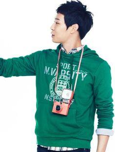 [UNISEX] NII NNUALOF3011 VARSITY hoodie green $52