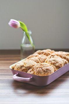 Rezept für knusprige Zimtbuchteln (lockeres Hefegbäck mit knackiger Zimtkruste) von moeyskitchen.com