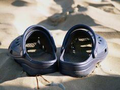 How to un-shrink Crocs shoes & sandals that have SHRUNK!