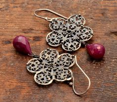 Briar Rose's Rubies  Sterling silver, ruby briolettes; Delft cast, granulation, patina  Sophia Georgiopoulou