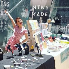 Hey girl hey! Come visit the @mtnsmade stall here at the Designers & Fleas Market in Ultimo, open til 6pm .  .  .  #mtnsmade #designersandfleasmarket #designersandfleas #sydneymarket #designersmarket #christmasmarket #handmademarket #mtnsmade #shoplocal #supportlocal  #christmasgifts #madebymissmeg #handmadestationery