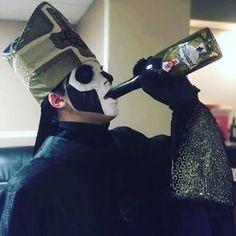 Papa Emeritus III with Papastrello. Photo by: Brands For Fans