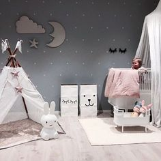 How lovely is this kid's room! The beautiful home of @stinejmoi. Miffy lamp, Rosaline Doll bed and CamCam quilt are all available at @istome_store