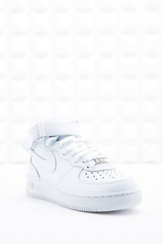 Nike Air Force 1 Trainers in White - Urban Outfitters