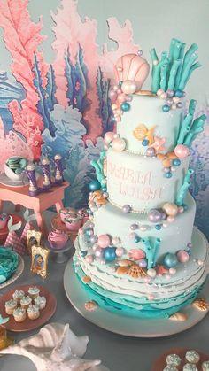 first birthday centerpiece Mermaid Theme Birthday, Little Mermaid Birthday, Little Mermaid Parties, Girl Birthday, Sea Cakes, Mermaid Baby Showers, Mermaid Cakes, 1st Birthday Parties, Birthday Ideas
