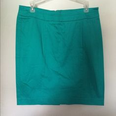 High waisted pencil skirt in a rich teal NEVER WORN! I try this on every once and awhile and post-baby (now pre-schooler!) I haven't found the confidence to wear this! Take this out on the town.. after work of course! Valerie Bertinelli Skirts Pencil