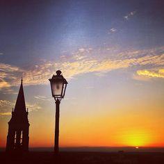 """81 mentions J'aime, 2 commentaires - Agathe de Charentes (@agathe_de_charente) sur Instagram: """"Mon #sunset boulevard a moi n'est pas à Los Angeles, il est à #angouleme ! #sky #charente #sun…"""""""