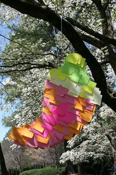 DIY Post-It Pepper Piñata - 10 easy steps and a perfect way to spice up your Cinco de Mayo