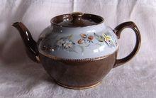 Sadler Brown Betty teapot Staffordshire England #2696