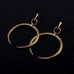 1 Pair New Fashion Lady Women Thin Round Big Large Dangle Hoop Loop Earrings Description Brand new and high quality It will make you beautiful Its speci Fashion Tips For Women, Diy Fashion, Womens Fashion, Ladies Fashion, Fashion Trends, Fashion Accessories, Fashion Jewelry, Do It Yourself Fashion, Cute Piercings