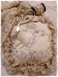 Love this ~ beautiful lace~❥