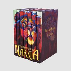 The Chronicles of Narnia, C. Lewis& seven-part fantasy masterpiece, has been transporting young readers to the land of Narnia for over 50 years. I Love Books, Books To Read, Chronicles Of Narnia Books, Dream Book, World Of Books, Book Aesthetic, Book Nooks, Fantasy Books, Book Fandoms