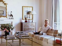 i've always loved this clean, very modern take of a traditional living room of lee radziwill's in nyc -- restrained elegance