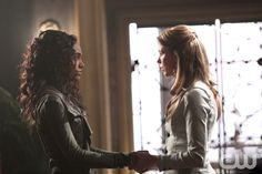 """The Originals -- """"Fire With Fire"""" -- Image Number: OR221a_0247.jpg -- Pictured (L-R): Maisie Richardson-Sellers as Rebekah and Riley Voelkel as Freya -- Photo: Annette Brown/The CW -- © 2015 The CW Network, LLC. All rights reserved.pn"""