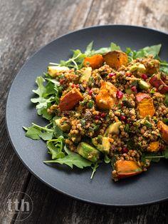 Salatka z pieczonej dyni, kaszy gryczanej i ziol - przepis