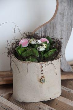 Flowerpots - ✿ Vase ~ Planter✿ - a unique product by ewartha on DaWand . - Flower Pots – ✿ Vase ~ Flowerpot – a unique product by ewartha on DaWanda - Ceramic Flower Pots, Ceramic Vase, Ceramic Pottery, Pottery Art, Slab Pottery, Pottery Courses, Coil Pots, Pottery Store, Pottery Tools