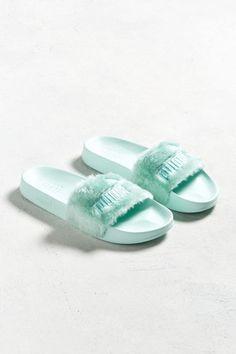 c6272b87163382  69.99 - Puma Fenty By Rihanna Faux Fur Slide Sandal - - labeltail.com