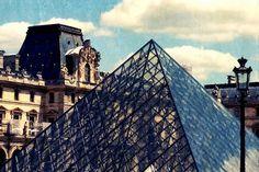 """Dass man sich in Paris verlieben kann, hab ich ja gewußt. Auch dass viele Leute aus allen Teilen der Welt in die wunderschöne Metropole an der Seine kommen war mir nicht neu. Aber dass Paris krank machen kann und dass es ein """"Paris Syndrom"""" gibt - das hat mich echt umgehauen!"""
