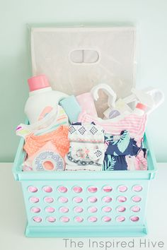 Easy baby shower gift idea. List of what items to put in a laundry themed baby shower gift basket.