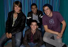 No need to be afraid , come on I'll demonstrate take you to outerspace. Logan Henderson, Big Time Rush, Boy Bands, Celebrities, People, Marigold, Kendall, Music Videos, Live
