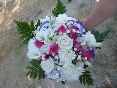 rose blanche et fushia gypsophile