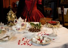 Rufford Old Hall celebrates dinners of #Christmas past. A #Tudor Christmas dinner in Lancashire, no Victorian Christmas was complete without sugar mice!